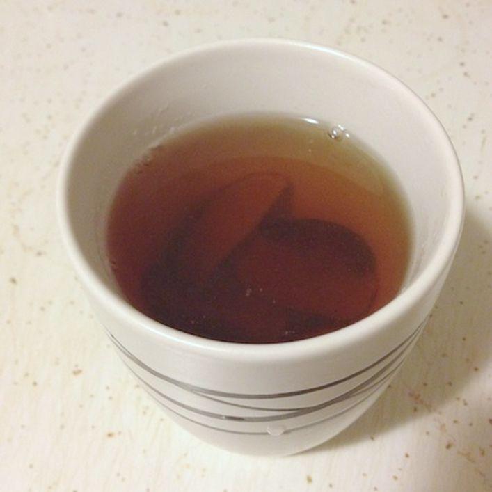 Cách nấu nước táo đỏ