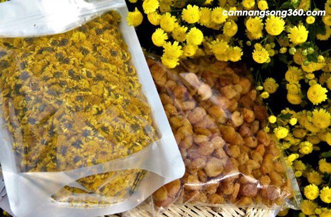 Giá trà hoa cúc vàng